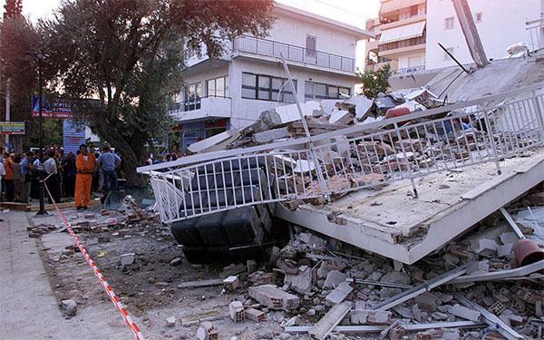 7 Σεπτεμβρίου 1999 - 7 Σεπτεμβρίου 2020: 21 χρόνια από τον φονικό σεισμό  της Πάρνηθας (video) - Αχαρναϊκά Νέα